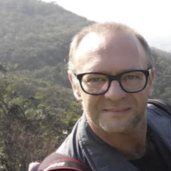 Profile picture of cy_bernhard