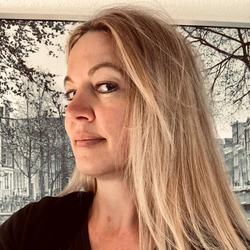Author's profile photo Daphne Mengwein