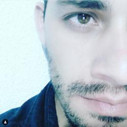 Profile picture of julian2489