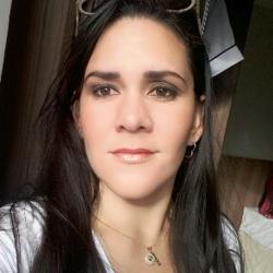 Profile picture of laraguarines13
