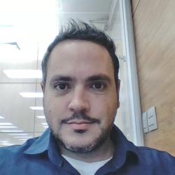 Profile picture of rafaelr_britto