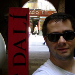 Author's profile photo Thiago Luttig